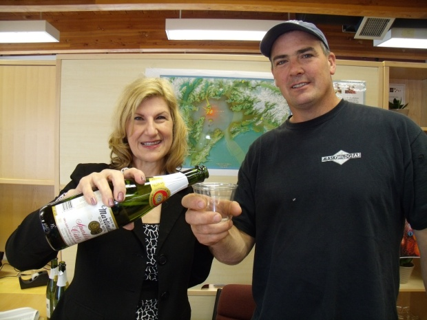 CTC and CWC employees celebrate the completion of Naked Island Tower